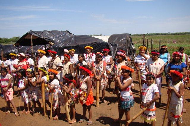 Ritual der Frauen und Mädchen_ Camp Itay_Mato Grosso do Sul_Foto Egon Heck.JPG