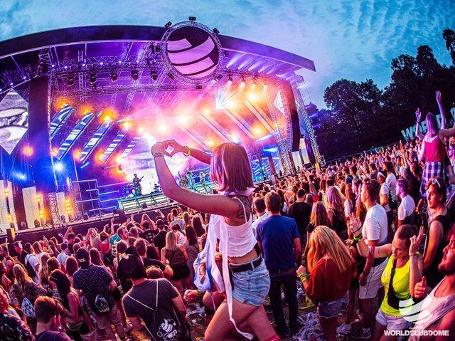 BCB WCD 2019_Outdoor Mainstage-StijnDeGrauwe-0142_s.jpg
