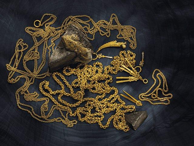 Kunstbox-08_20_Frankfurter-Goldkammer_6-Meter-lange-Goldkette-vom-Schiff-Atoc-ha_Historische-Goldschmuckstücke-....jpg