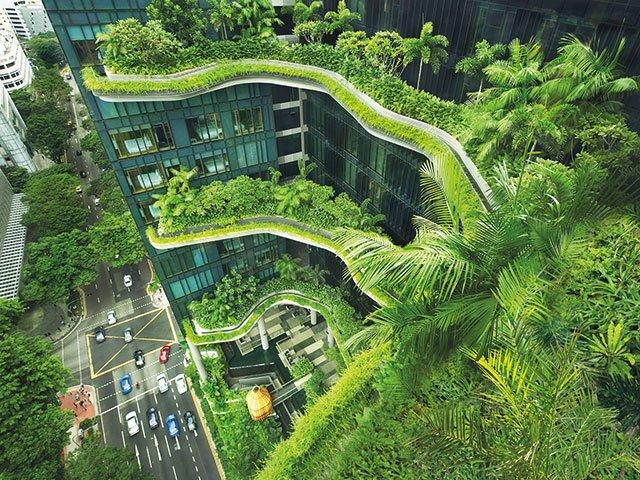 Kunst_01_21_Vorankündigung_groß_DAM_Woha_PARKROYAL_Singapur_Foto_Patrick-Bingham - Kopie.jpg