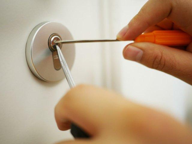 key-service-4521069_1920-54551.jpg