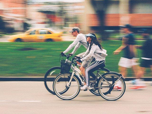 Fahrradfahren_Foto_Nubia-Navarro_Pexels.jpg