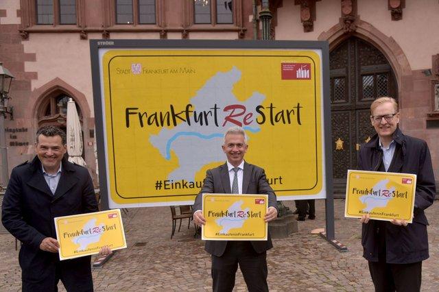 Frankfurt_Restart_Oliver_Schwebel_Peter_Feldmann_Markus_Frank_copyright_Stadt_Frankfurt_am_Main_Bernd_Kammerer.jpg