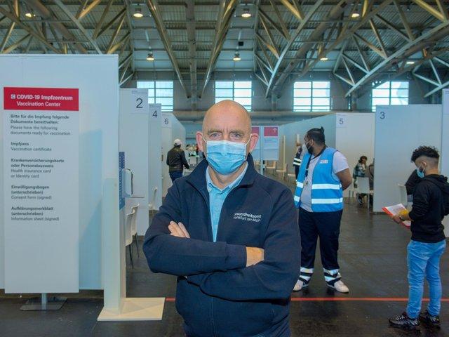 1_GesundheitsamtImpfzentrum_Copyright_Stadt_Frankfurt_Bernd_Kammerer.jpg