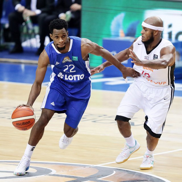 FRAPORT_SKYLINERS_vs_Nymburk_Antonio_Graves.jpg
