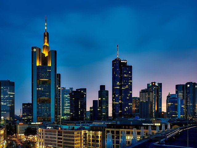 frankfurt-1804481_960_720.jpg