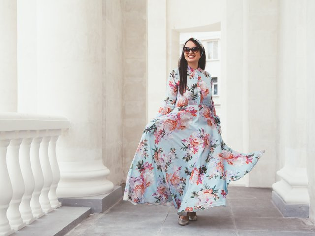 Plus size model in floral dress