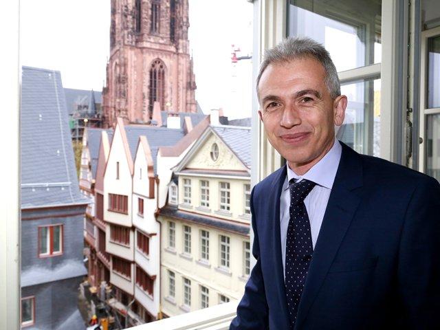 Feldmann_Altstadt_Dom_copyright_DomRoemer_GmbH_Uwe_Dettmar.jpg