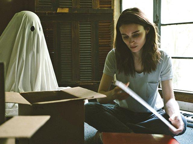 A-Ghost-Story.jpg
