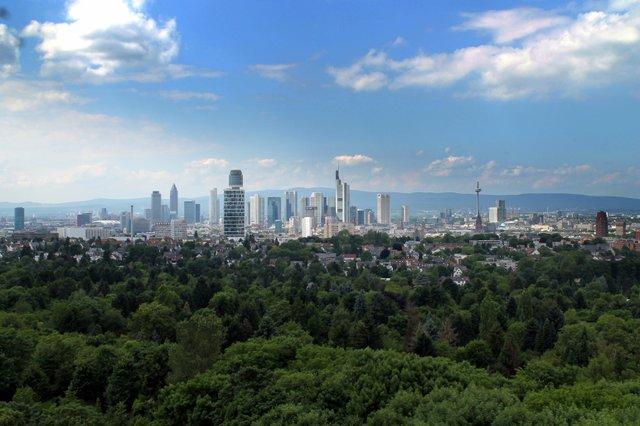 Skyline_Copyright_Stadt_Frankfurt.jpg