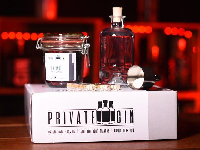 Private_Gin_Box_mit_Gewürzen.jpg