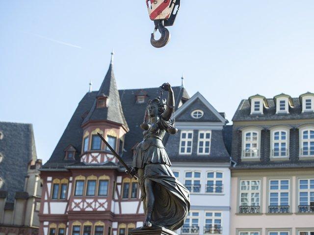 Justitiabrunnen_copyright_Salome_Roessler02.jpg