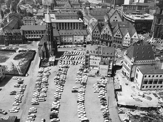 Kunst-1118_groß_DAM_Altstadt_Pressebilder_Blick-vom-Dom-1961_ISG.jpg