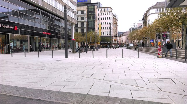 Reineckstraße_Entree_Zeil_nach_Umgestaltung_copyright_Stadtplanungsamt_Frankfurt.jpg