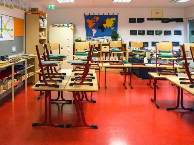 Marode Schule in Rödelheim