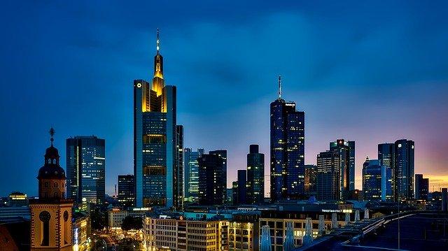 frankfurt-1804481_640.jpg