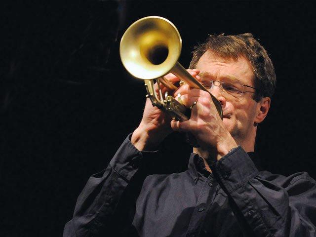14.5.-John-Marshall-Jazzkeller-c-WDR-BigBand.jpg